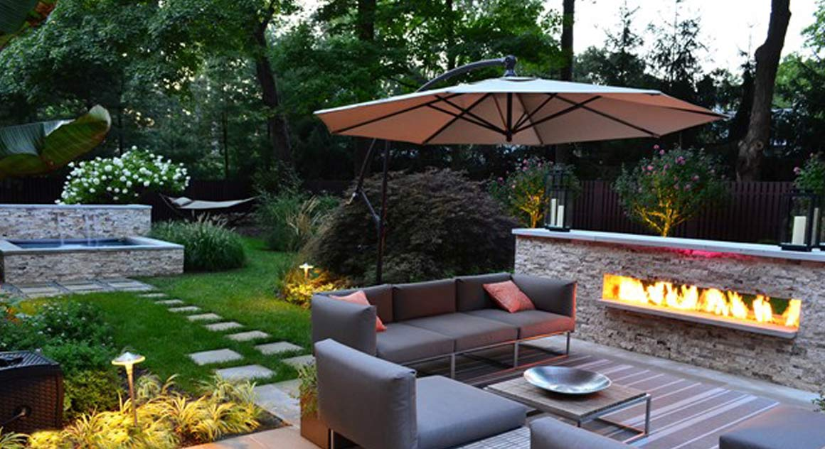Backyard Landscape Designs With hot Tub