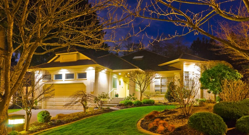 Best Time to Start Planning for Spring Landscape Lighting